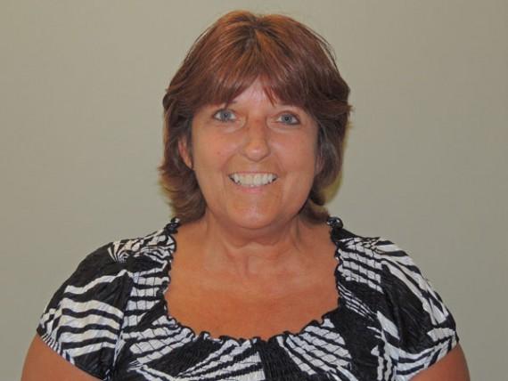Dianne MacKenzie, Receptionist
