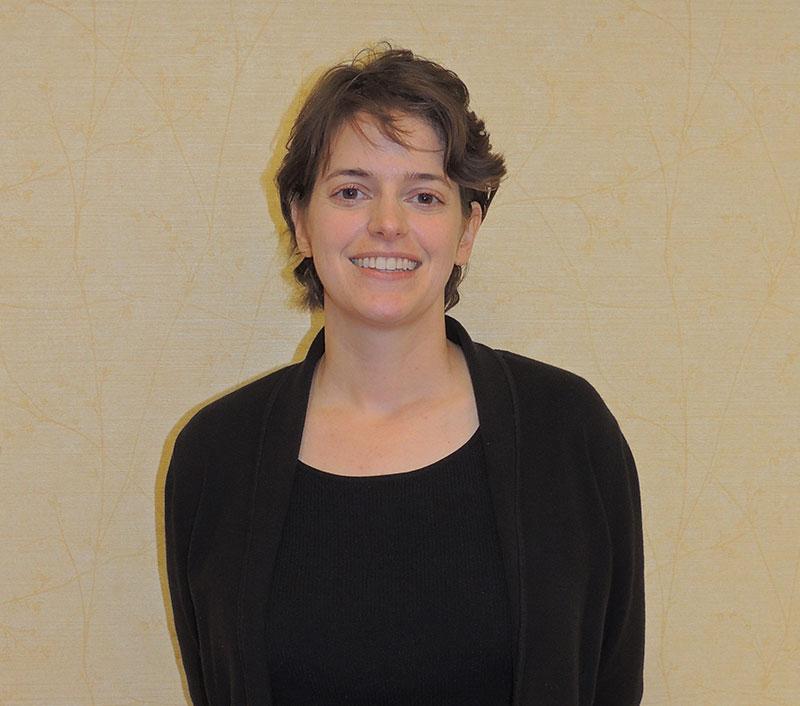 Emily Hahn, Periodontist