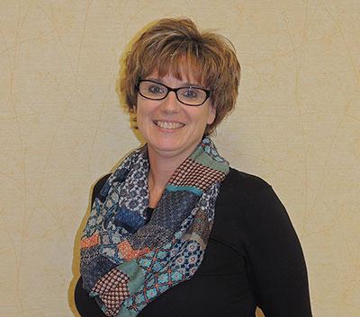 Lynda Washburn, Receptionist