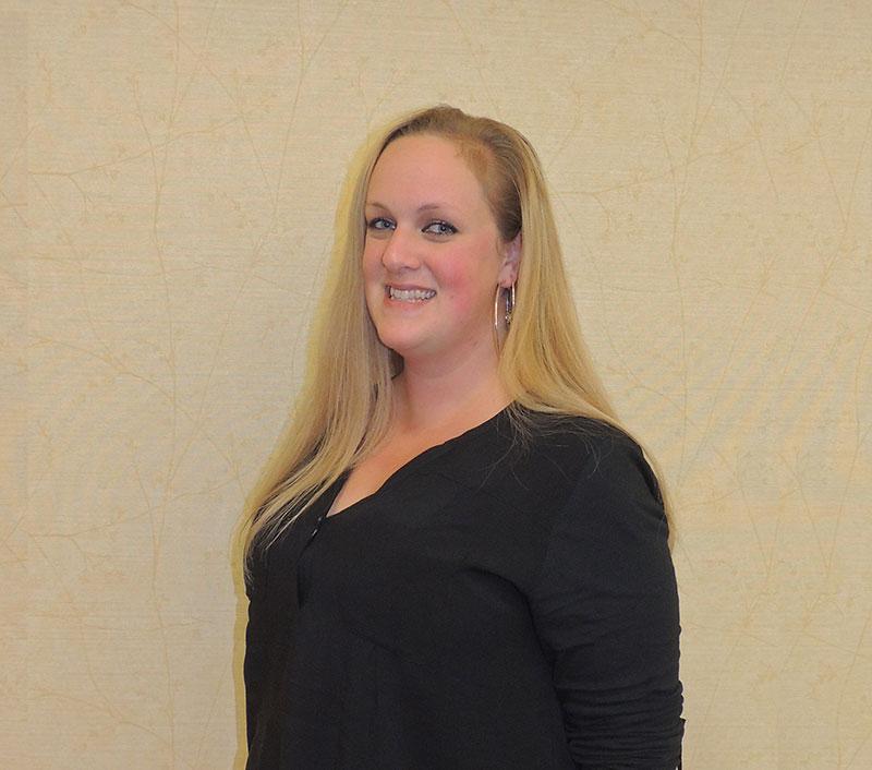 Amanda Emmons, Receptionist